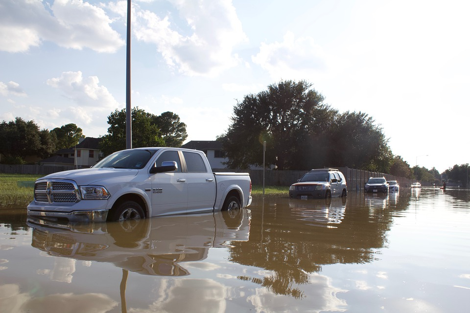 free car check reveals if there is any flood, fire or hailstone damage